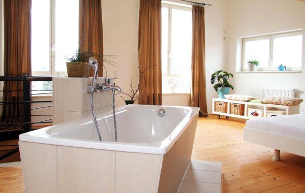 Tolle Wohnung mit Dachterrasse und eigenem Garten!